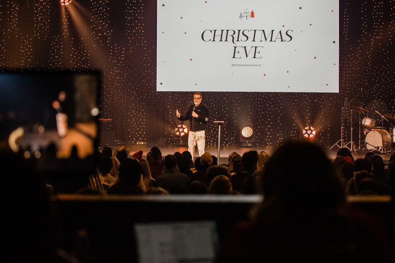 2019_12_24_Hollywood_ChristmasEve_8PM_FR-182.jpg