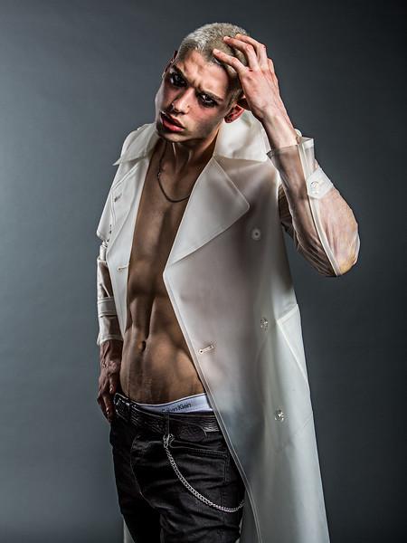 Hair-Stylist-Damian-MOnzillo-Celebrity-Creative-Space-Artists-Management-Magazine-Fashion-Kah-Poon_5.jpg
