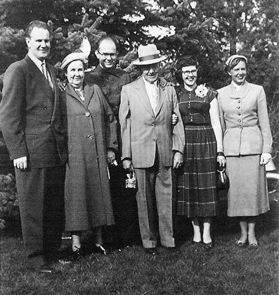 LaVerne Family_2.jpg