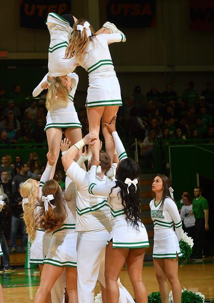 cheerleaders0099.jpg