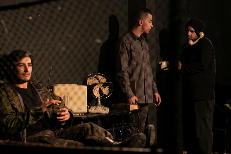 Allan Bravos - Fotografia de Teatro - Indac - Fronteiras-527.jpg
