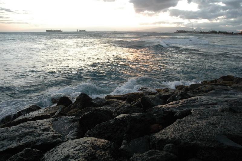 Hawaii - Ala Moana Beach Sunset-113.JPG