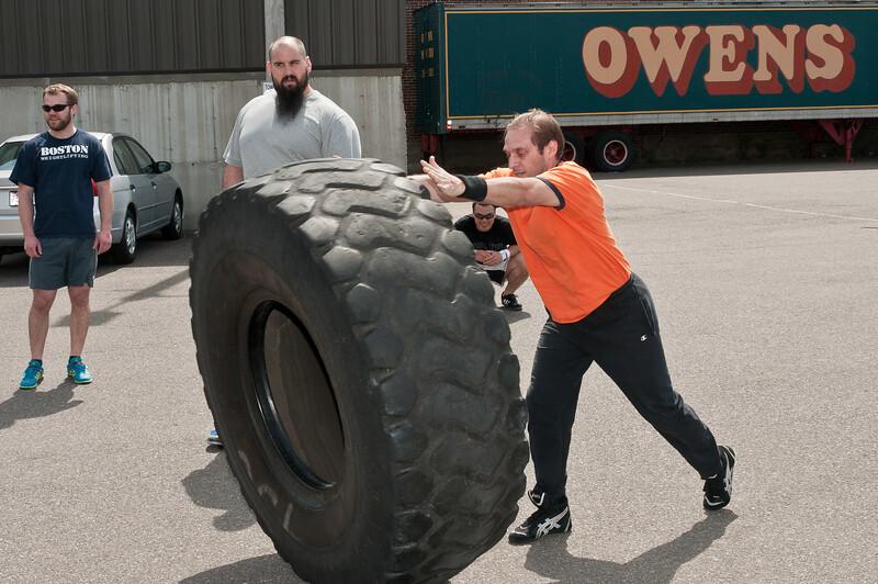 Strongman Saturday 4-14-2012_ERF4206.jpg