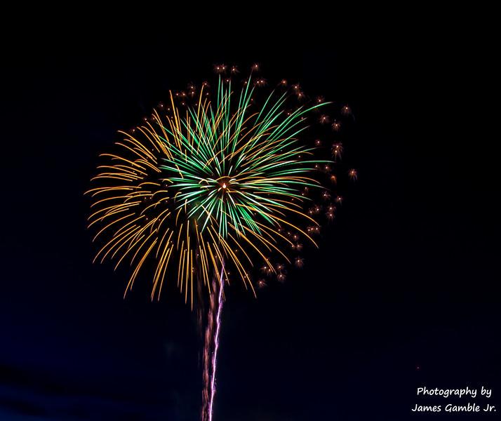 Fourth-of-July-Fireworks-2016-0307.jpg