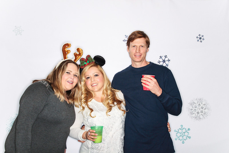 Ayuda and Auxillio Christmas Party 2015-Photo Booth Rental-SocialLightPhoto.com-33.jpg