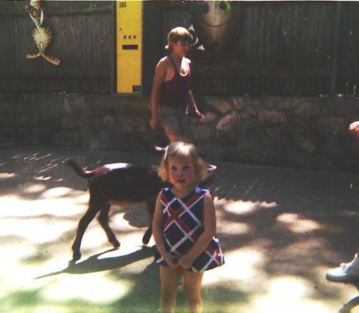 5-d-craig-kristen-petting-zoo.jpg