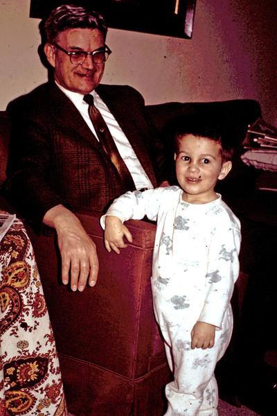Randy 16 mos with Grandpa John Richfield Fremont.jpg
