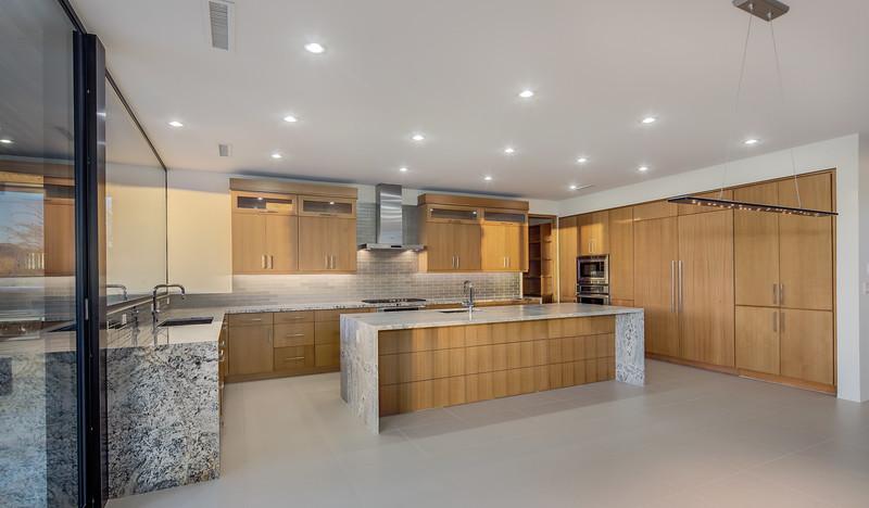 011_Kitchen Elegance & Simplicity.jpg