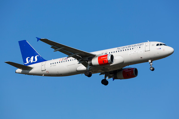 OY-KAO - Airbus A320-232