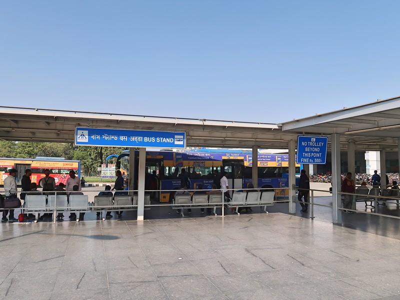 IMG_8836-bus-stand.jpg
