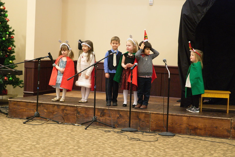 2017-12-17-Christmas-Pageant_285.jpg