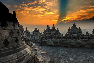 Borobudur, Java,  © Luis Courtot