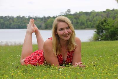 Abby Stolp's Senior Pics