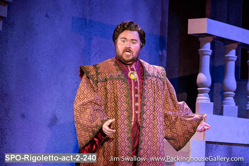 SPO-Rigoletto-act-2-240.jpg