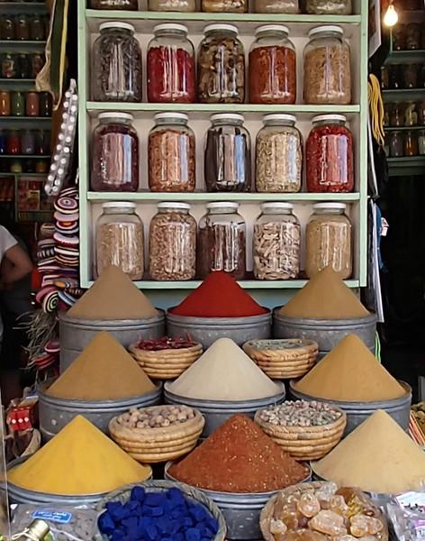 MoroccoSpiceStoreP4020352.jpg