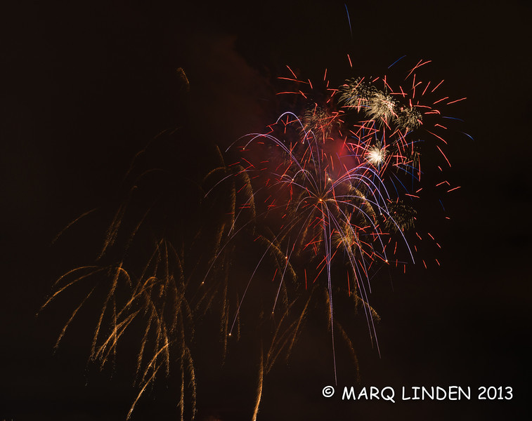 Newport Dunes Fireworks 07042013-039.jpg