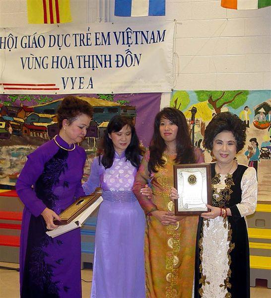Ceremony3_CoMH_NhatAnh_Trinh_VK2.jpg