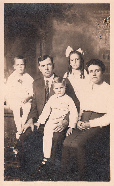 Seward & Iona Sullivan with Earl, Lawrence & Helen.jpg