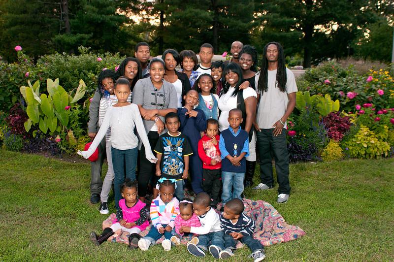 20110925-Peaches Family-6322.jpg
