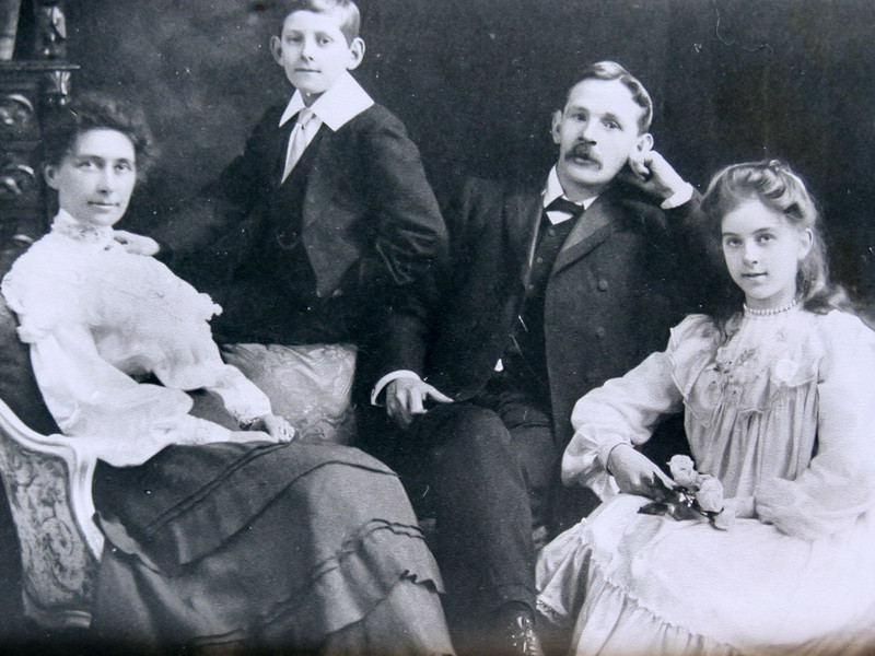 Eliza Williams, Everard Williams (uncle Harry), and George Nathanial Williams, Alice Grace Williams