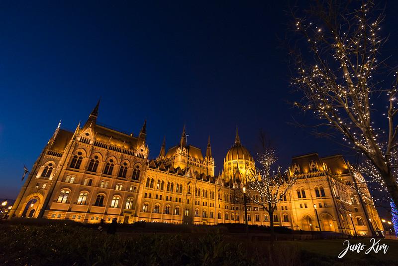 2016.12_Budapest__6101951-Juno Kim.jpg