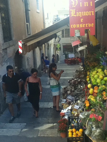 20110812-Ginka-Sicily-20110812--IMG_1152--0148.jpg