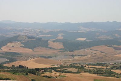 Vaade Toscana piirkonna põldudele Campiglia linnast