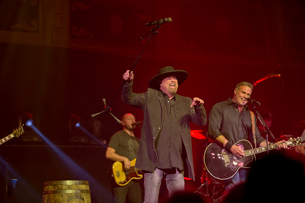 MONTGOMERY GENTRY - May 2017 (R.I.P. Troy Gentry 9-8-2017)