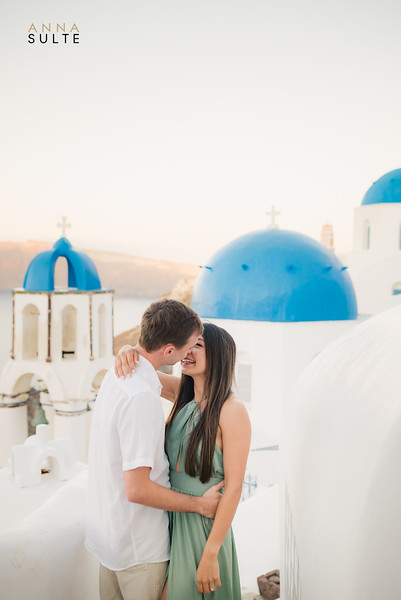 Engagement Session in Santorini Greece Anna Sulte-2.jpg