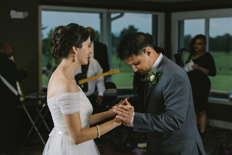 MP_18.06.09_Amanda + Morrison Wedding Photos-2805.jpg