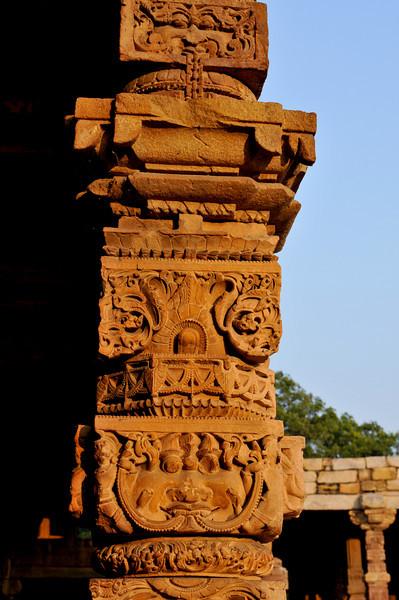 _DSC8148_column_carving.jpg