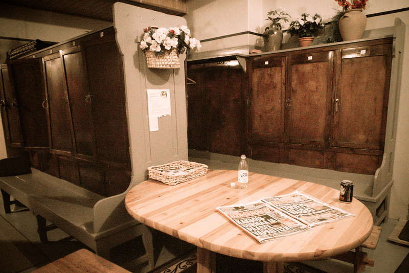 helsinki finnish sauna room.jpg