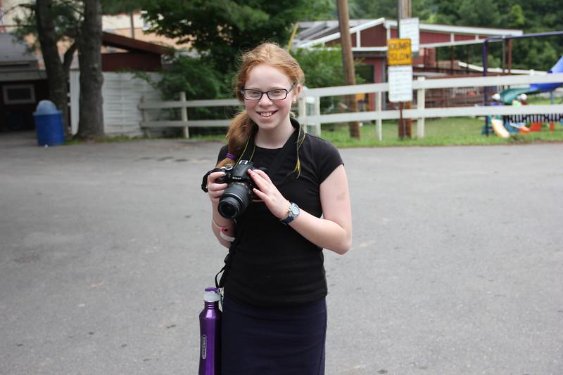 kars4kids_thezone_camp_GirlDivsion_workshops_Photography (18).JPG