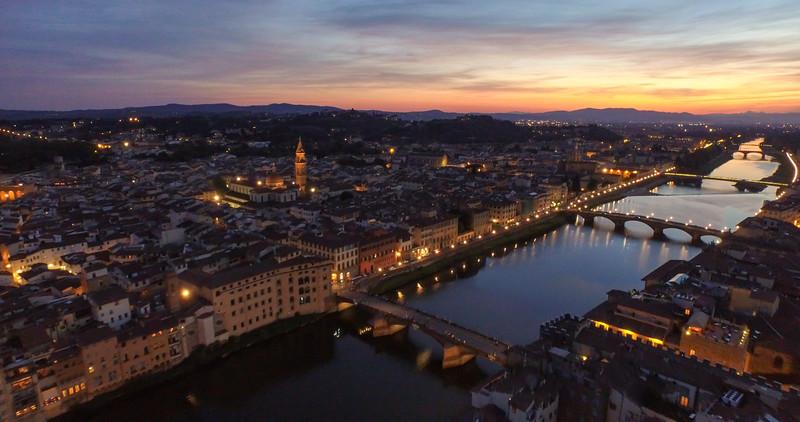Florence-at-Night-3k.jpg