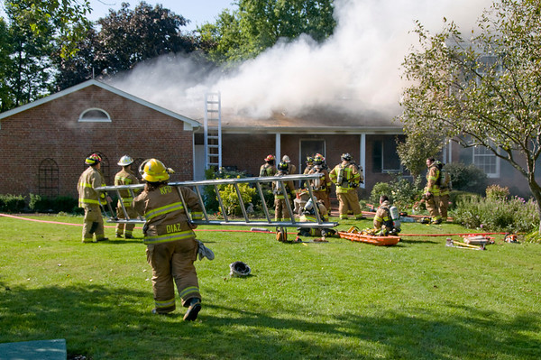 Maple Park Sept. 18, 2008 - MABAS Div. 13 3-Alarm blaze destroys home.