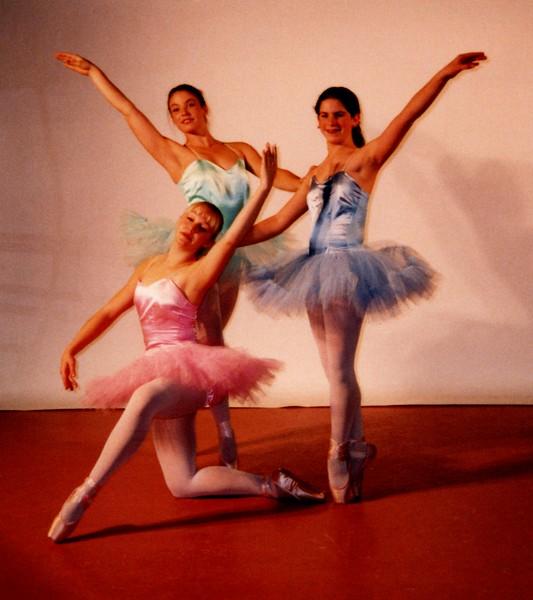 Dance_0106_b.jpg