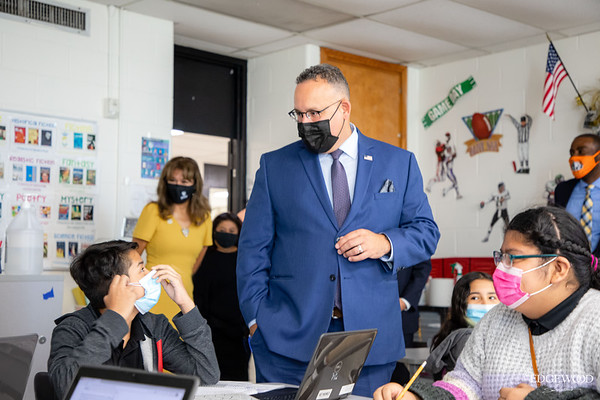 Secretary of Education Visits EISD 📚