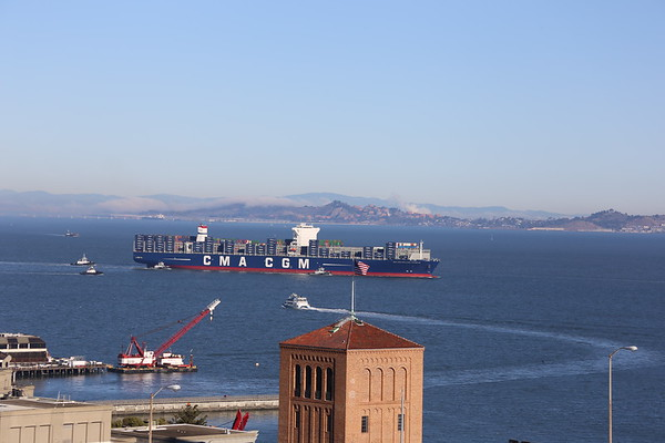 Containers Ships
