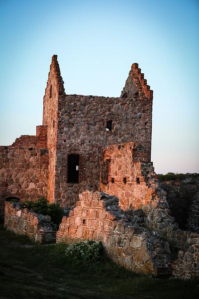 Castle EDITS 6.6.18 (111 of 114).jpg