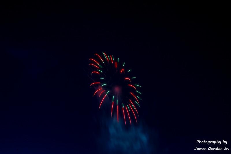 Fourth-of-July-Fireworks-2016-0359.jpg