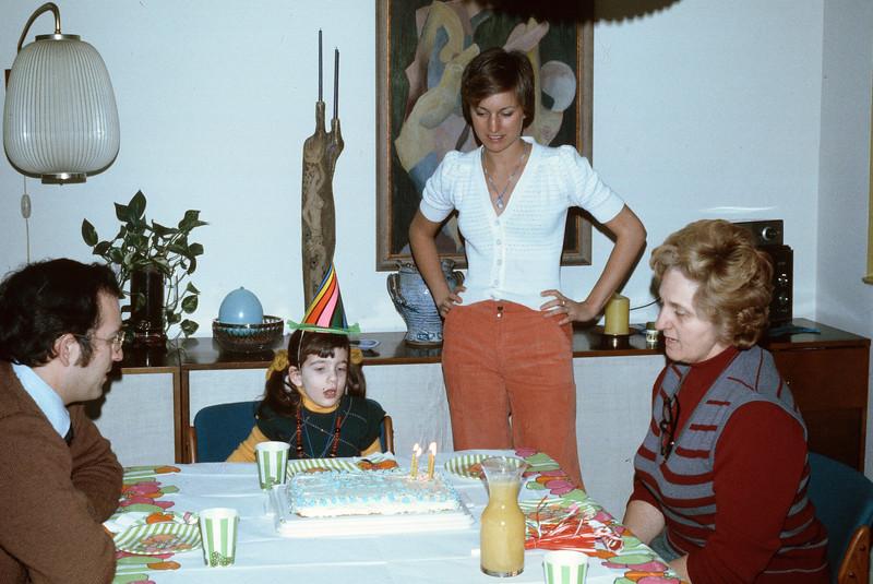 1974_01 Bonnie's Birthday.jpg
