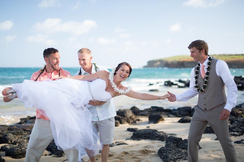 gillin beach kauai wedding-160.jpg
