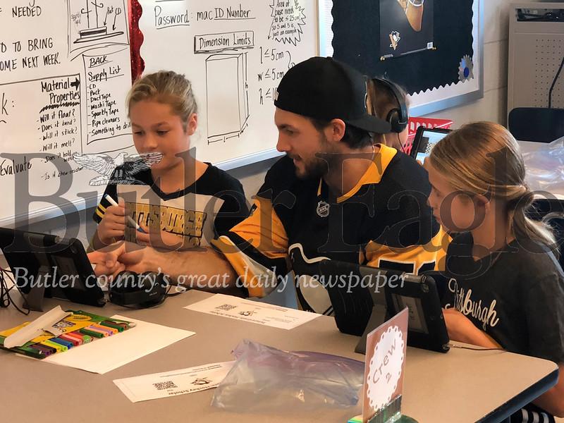 Pittsburgh Penguins visit Mars School