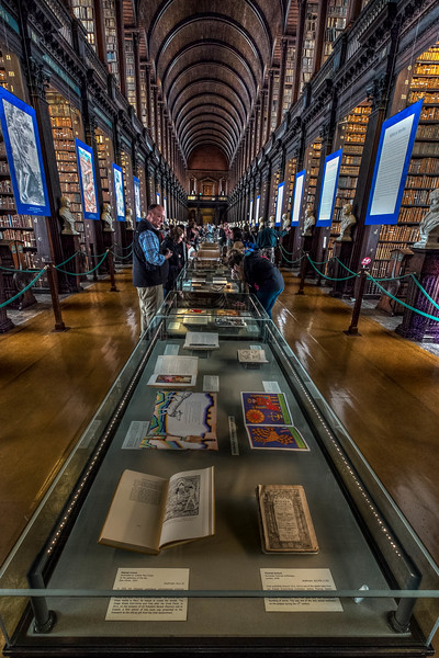 Trinity College Library 2015-5.jpg