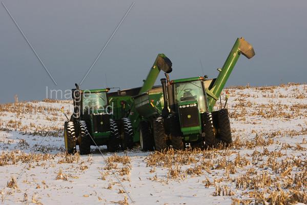 Farm Scenes Snowy Day 11-22-08