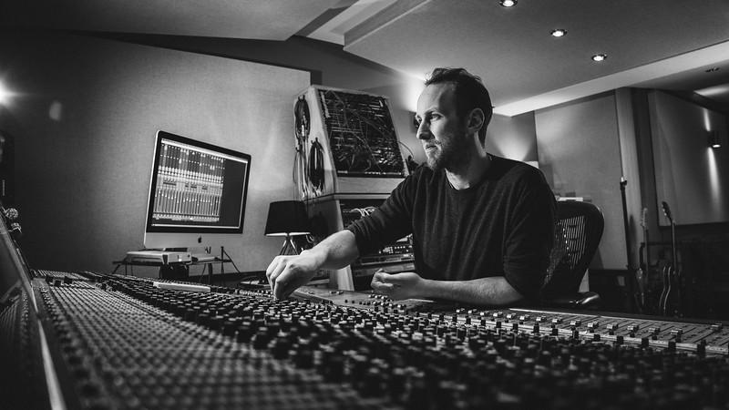 Tom Bish Studio 2019-12.jpg