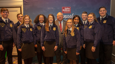 2019-2010 FFA State Officers with President Ronnie Anderson