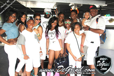 FAMILY / FATHERS DAY GLOW BOATRIDE