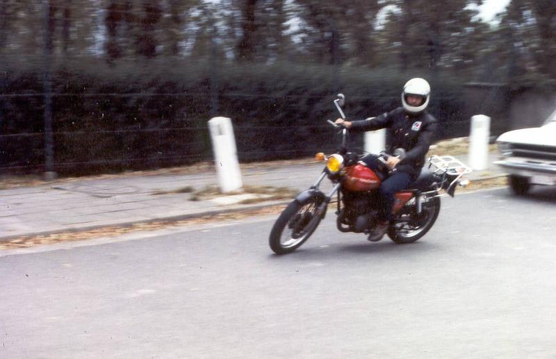 1982 eerste motorfiets. Harley Davidson SST 250