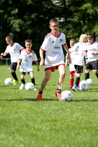 hsv_fussballschule-036_48047988008_o.jpg